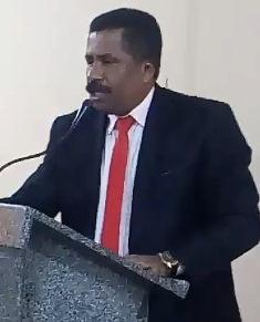 Vereador Irmão Edson enaltece as reformas  realizadas pelo Gestor Municipal.